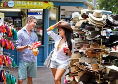 Shopping Port Douglas Couple Hats
